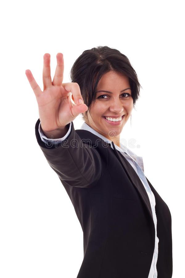 femme-satisfaite-des-résultats-16027439